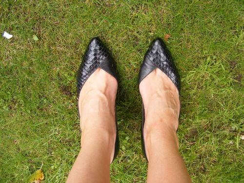 black vintage court shoes