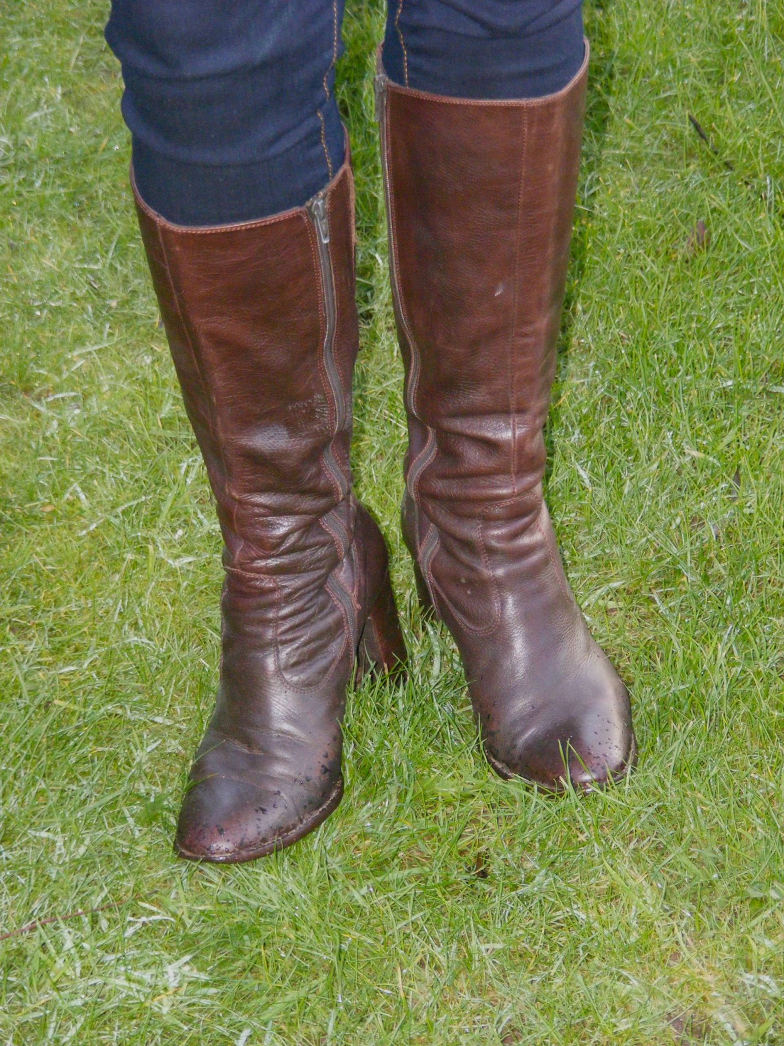 Brown leather Jones Boots