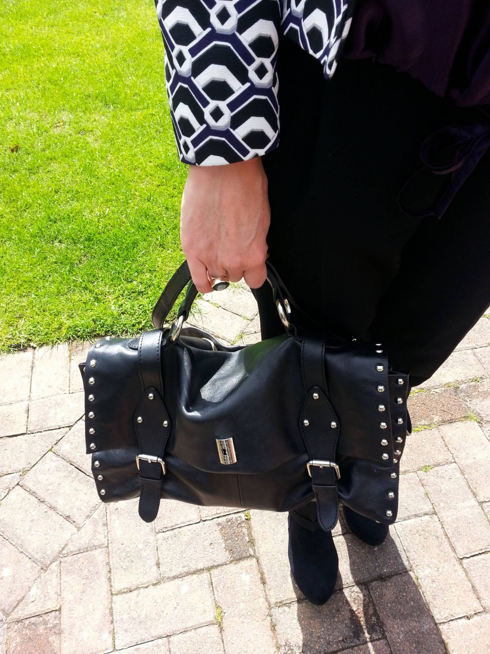 Modalu black leather bag and Next geometric print jacket