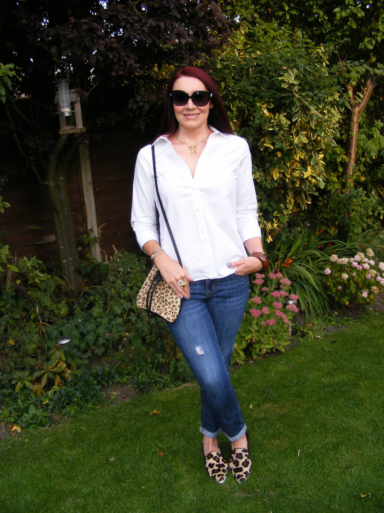 Jaeger white shirt Gap boyfriend jeans