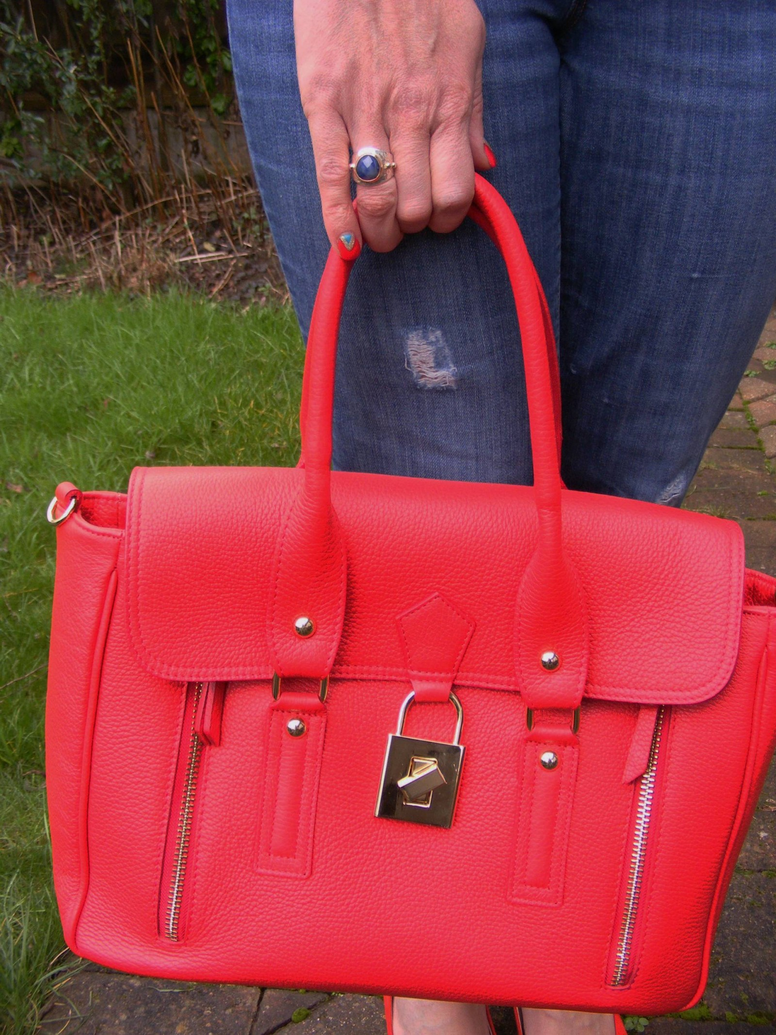 Mila Blu red bag and Pia ring
