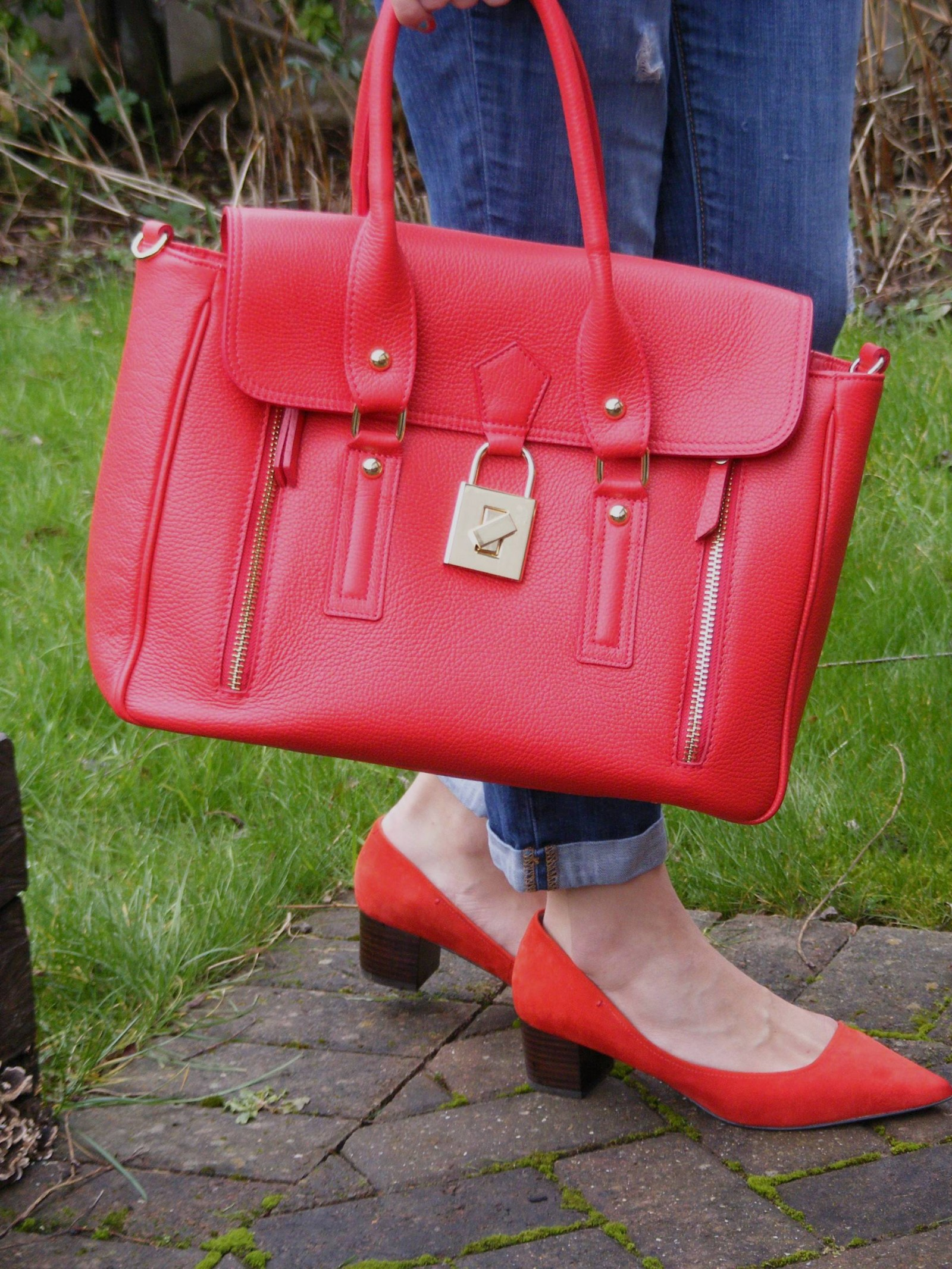 Mila Blu red leather handbag