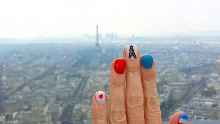 Paris skyline Eiffel Tower nail art
