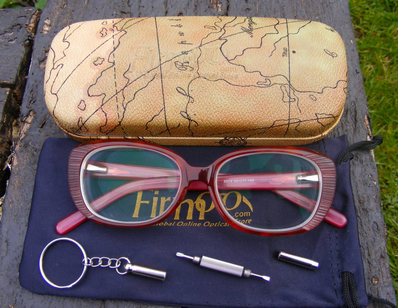 Firmoo glasses and case