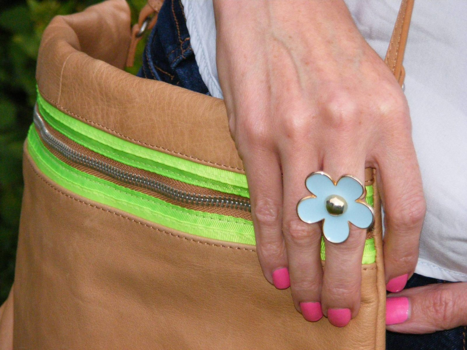 Pale blue enamel flower ring tan leather Zara bag
