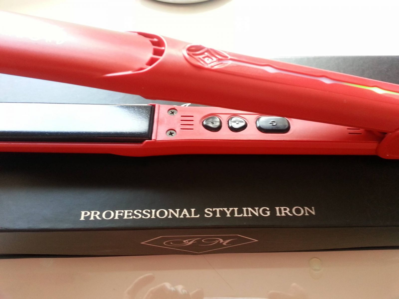 Irresistible Me diamond hair styler