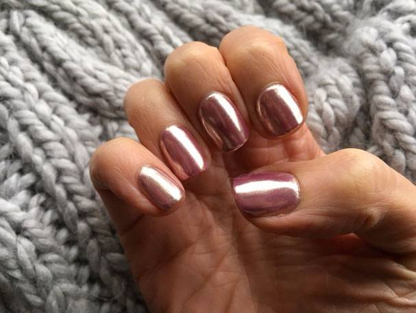 rose-gold-chrome-nails Izabelle Hammon Fluorescent PR Press Day