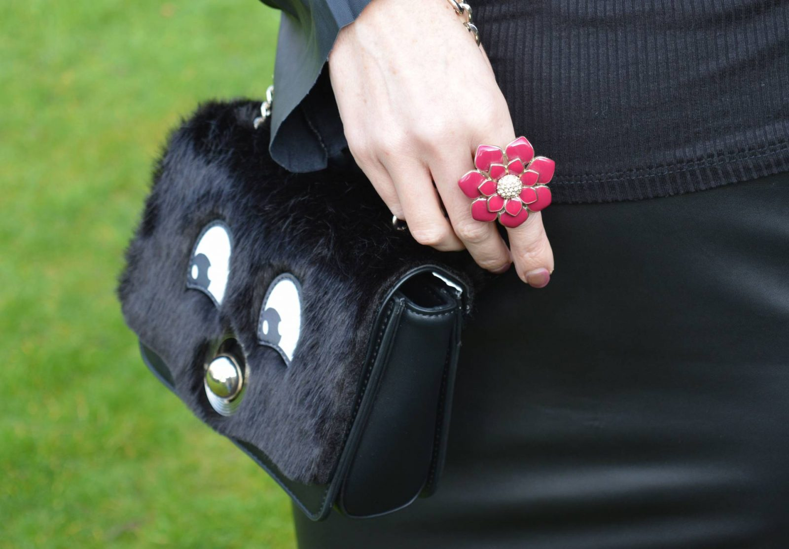 Leather skirt and Statement Sleeves Zara mix and match bag