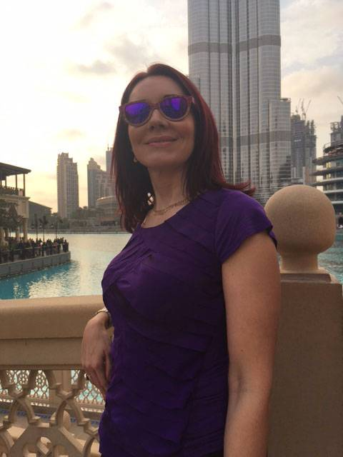 A Day in Dubai Going Up the Burj Khalifa winkwood sunglasses