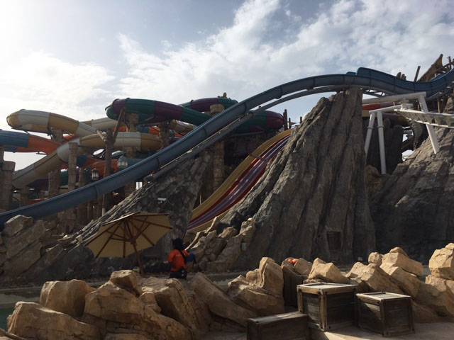 Holiday in Abu Dhabi yas-waterworld-water-chutes