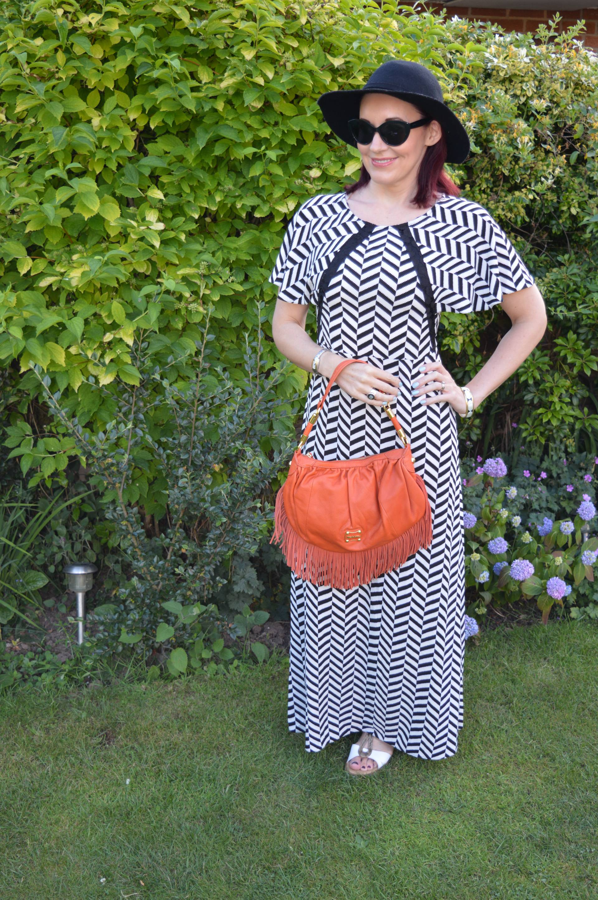 Black and White Maxi Dress With a Wide Brim Hat + Style With a Smile Link Up