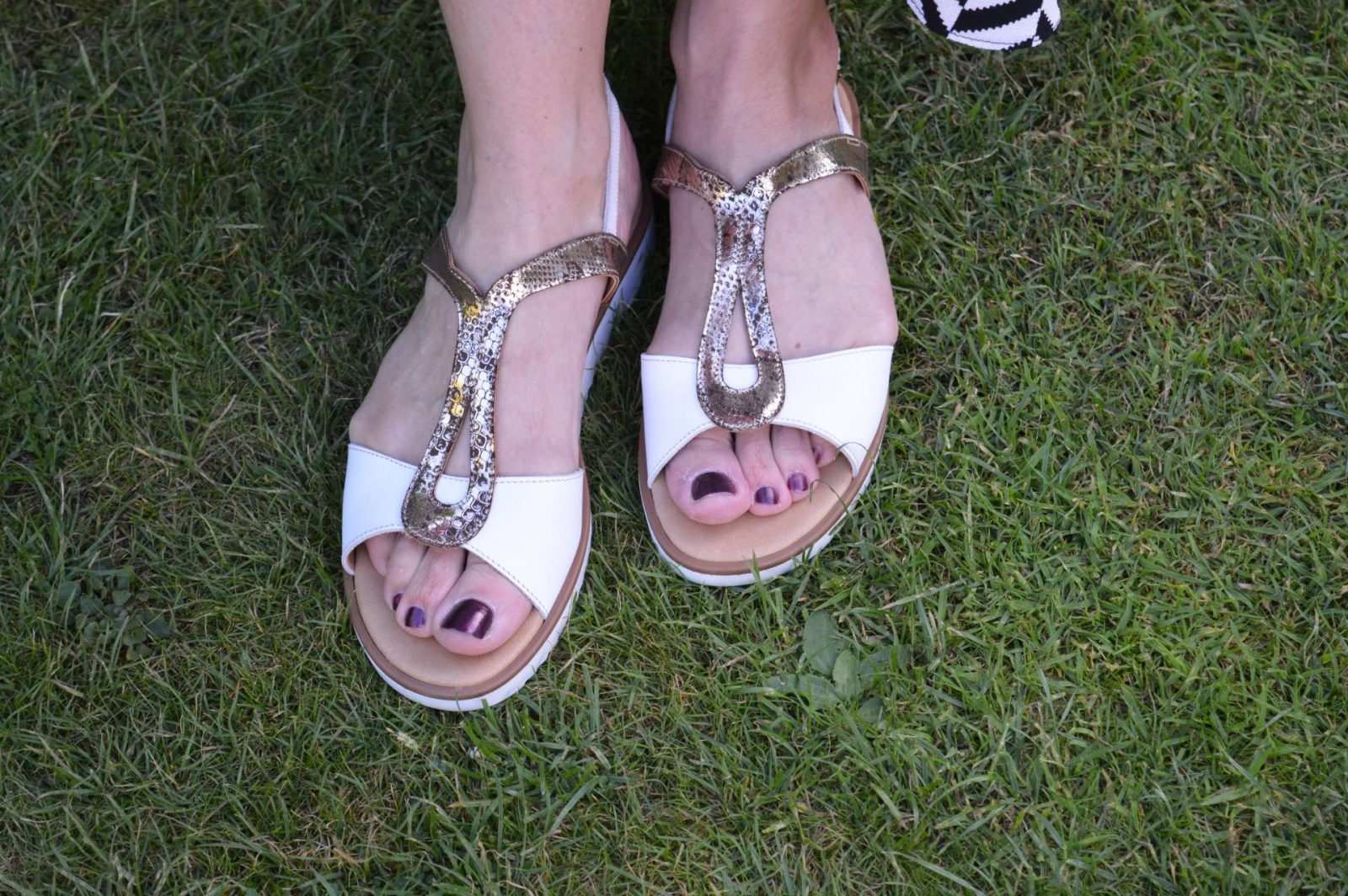 Gold and white Ri-bell sandals