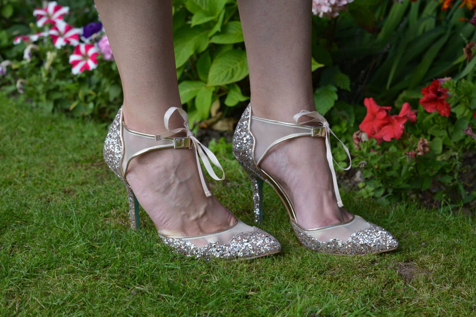 Betsey Johnson rose gold glitter shoes