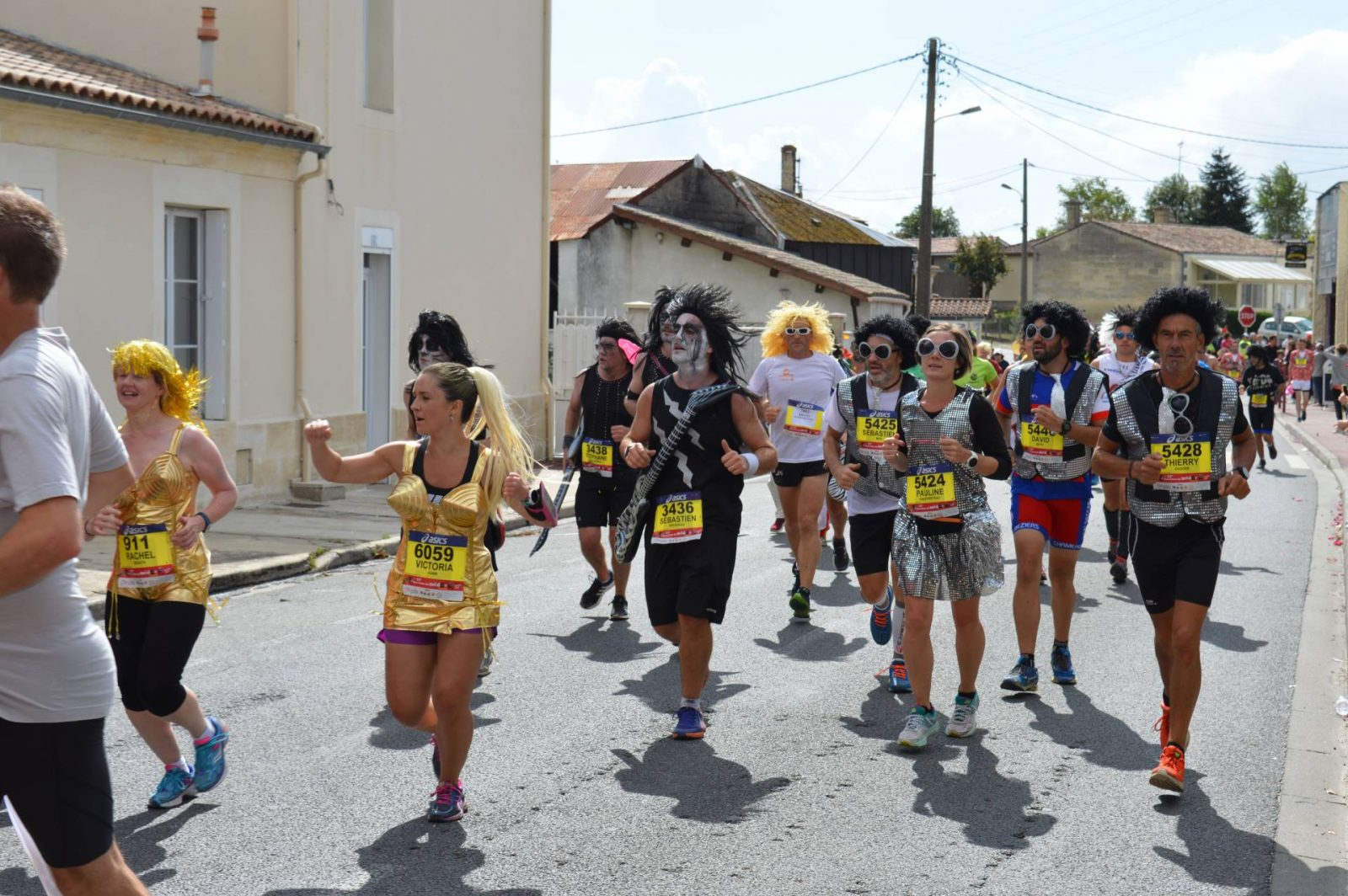 Running the Marathon du Medoc wine station