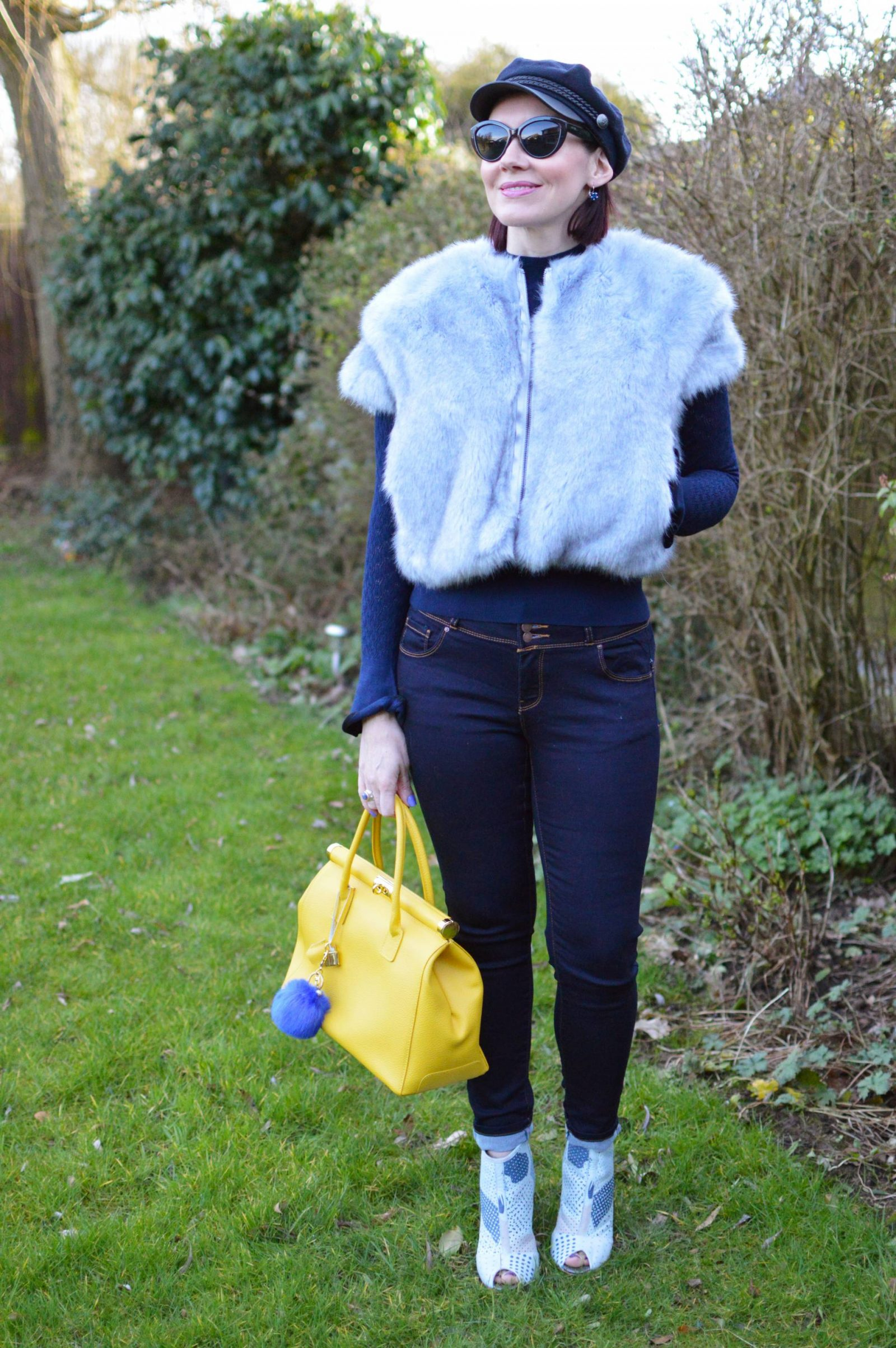 Shades of Blue With a Pop of Yellow