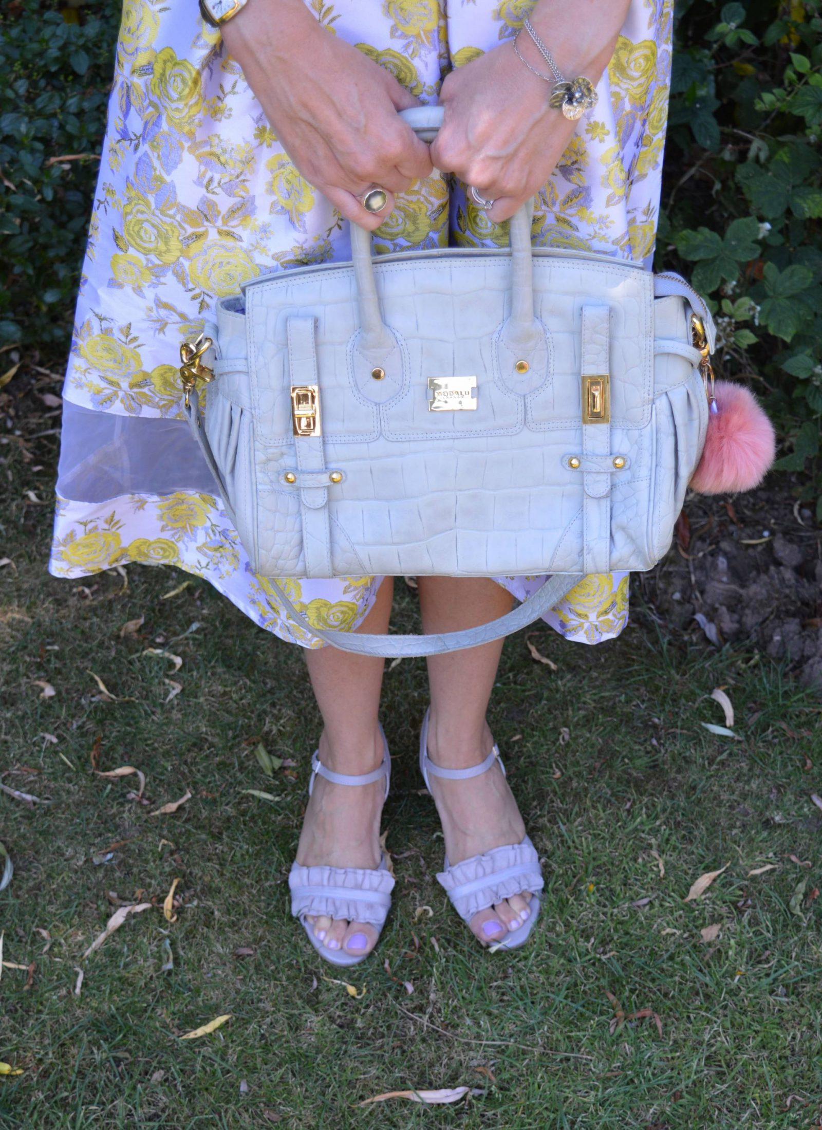 Feeling Summery in Calla Florence Sandals, Modalu grey bag