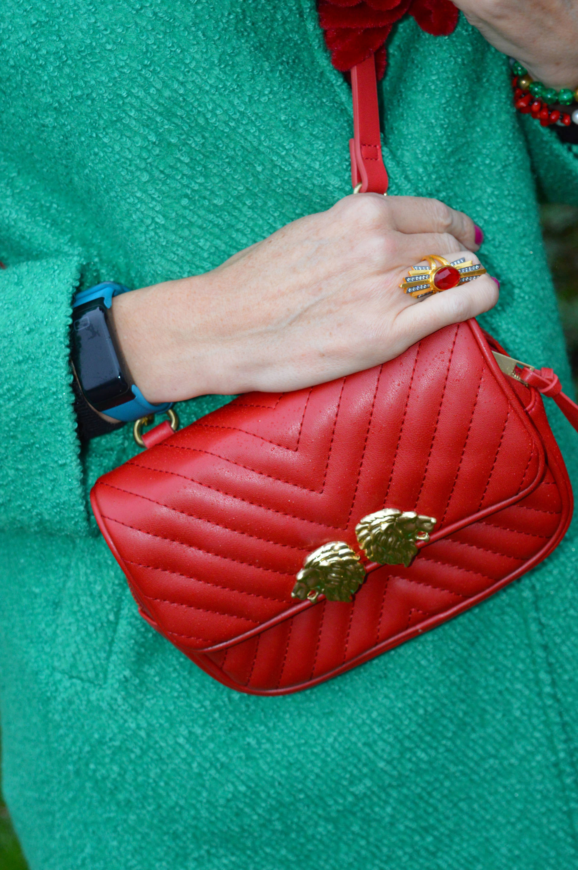 Bright green coat with red accessories + link up