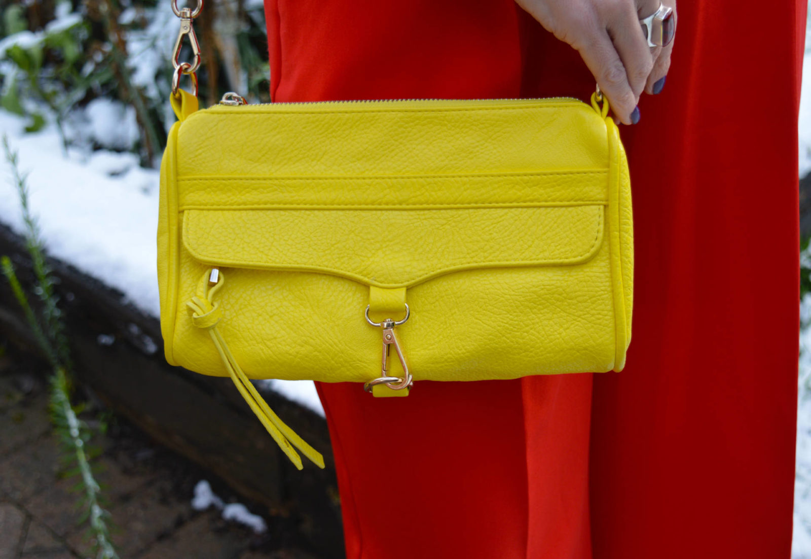 Stylish Mondays - Ladies in Red, Asos red culottes, yellow chain handle bag