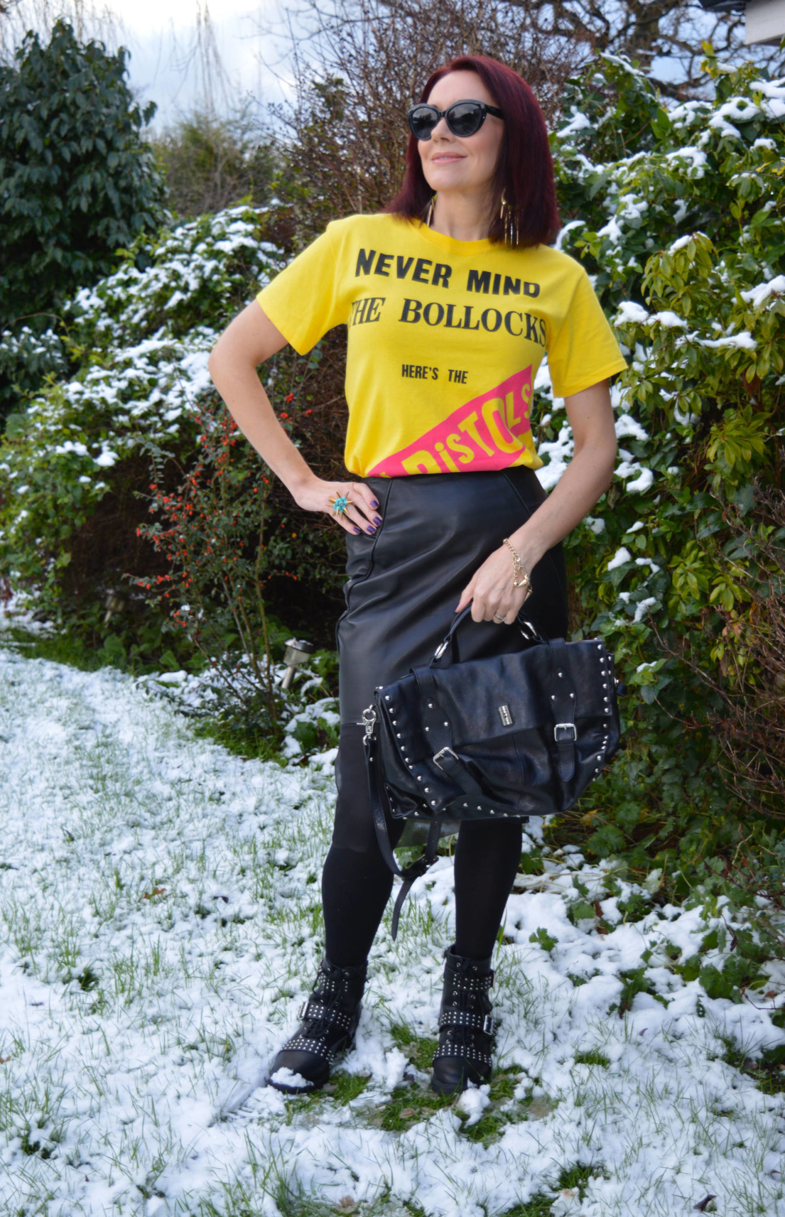 Match Made in Seven: Punk, Sex Pistols T-shirt, Modalu satchel