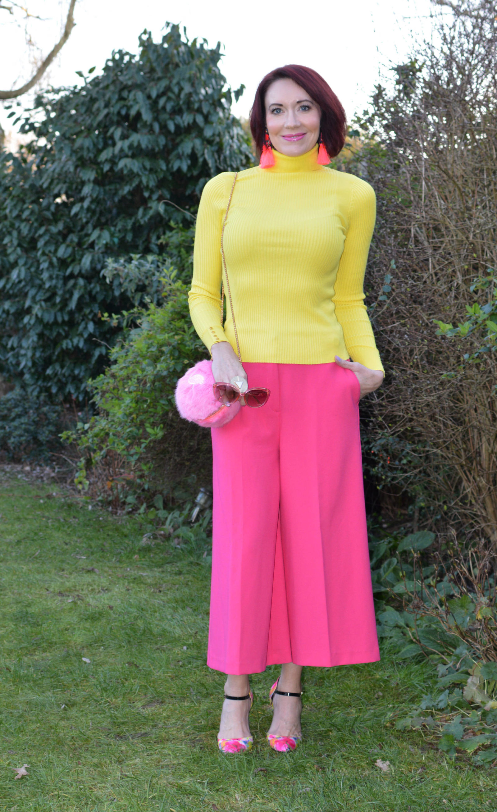 Match Made in Seven: Neon, New Look neon yellow rollneck jumper, M&S pink culottes