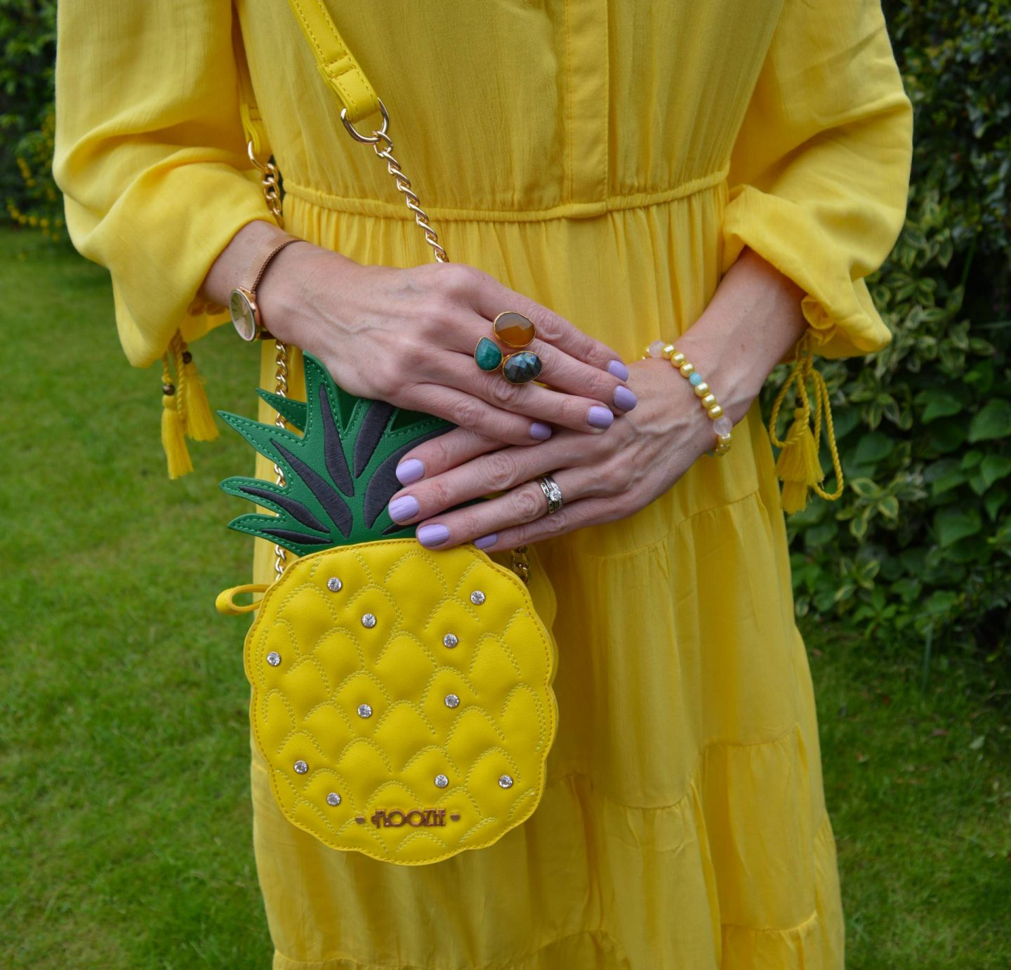 Floozie pineapple bag, Ottoman Hands triple stone ring