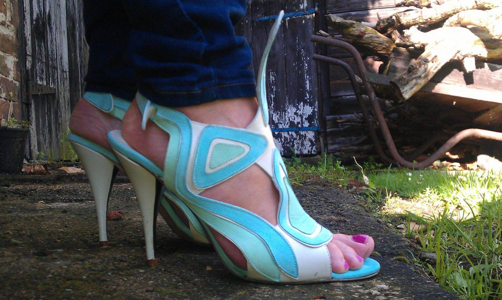 Strutt Couture blue sandals