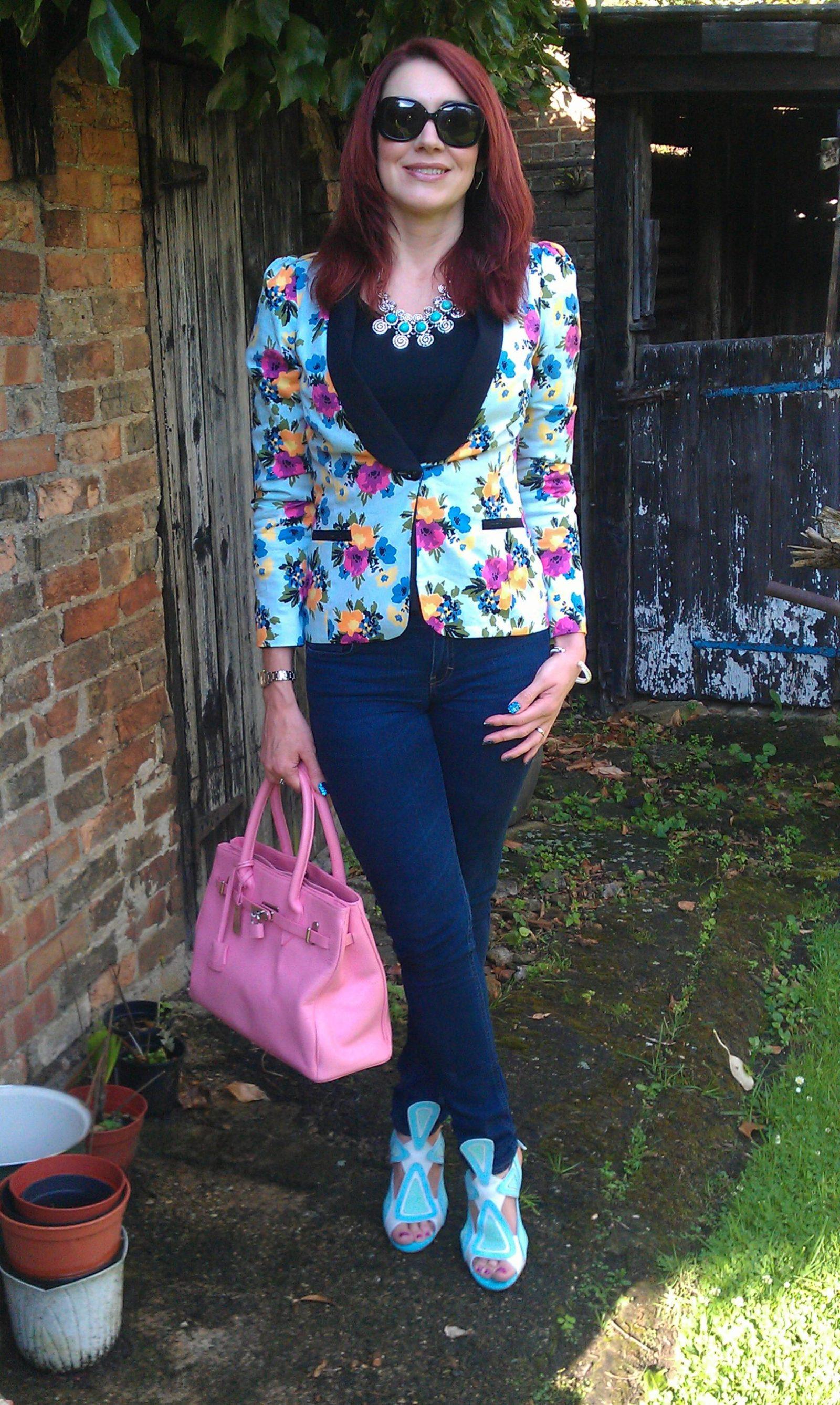 Julien Macdonald floral Print Jacket and Skinny Jeans, J by Jasper Conran pink tote bag, Strutt Couture blue sandals