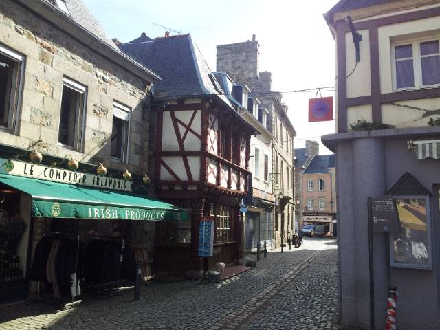 Spring Break in Brittany, streets of Paimpol