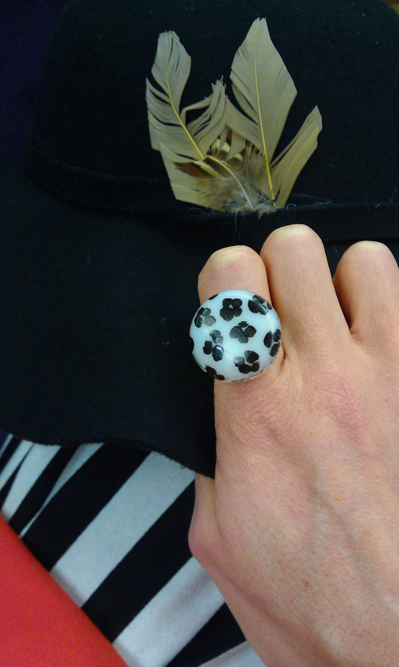 black and white glass ring