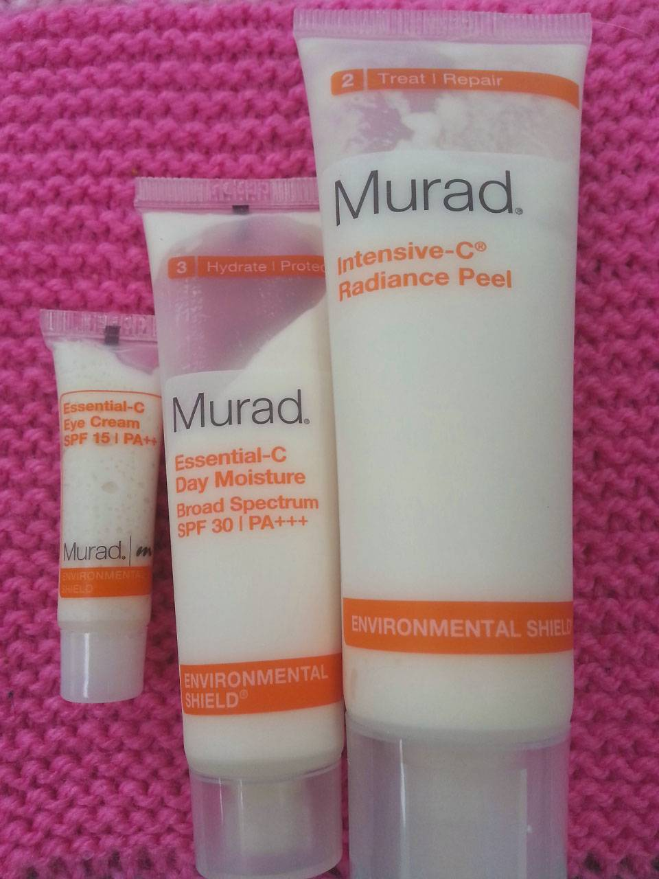 Murad Real Radiance Set Essential C moisturiser