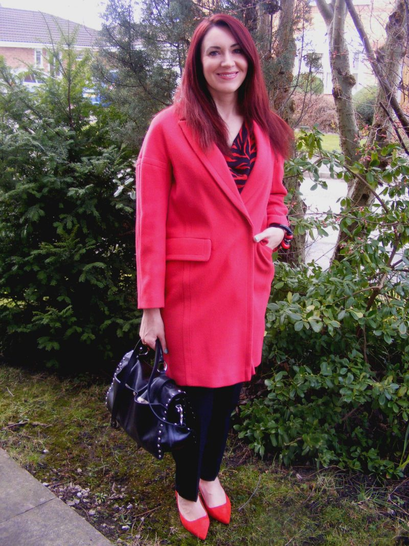 Red Wallis coat Modalu satchel