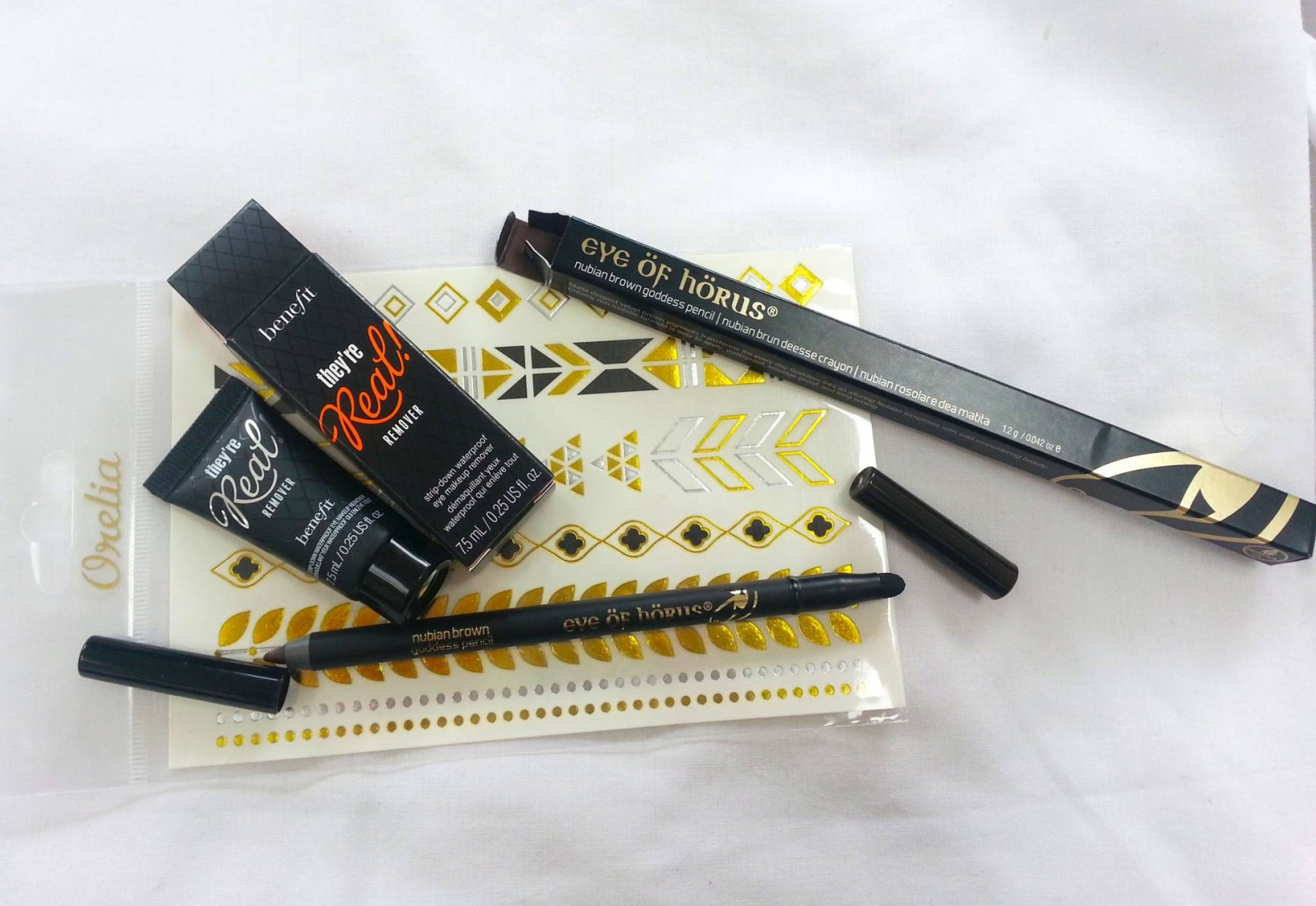Eye of Horus pencil and Benefit They're real remover
