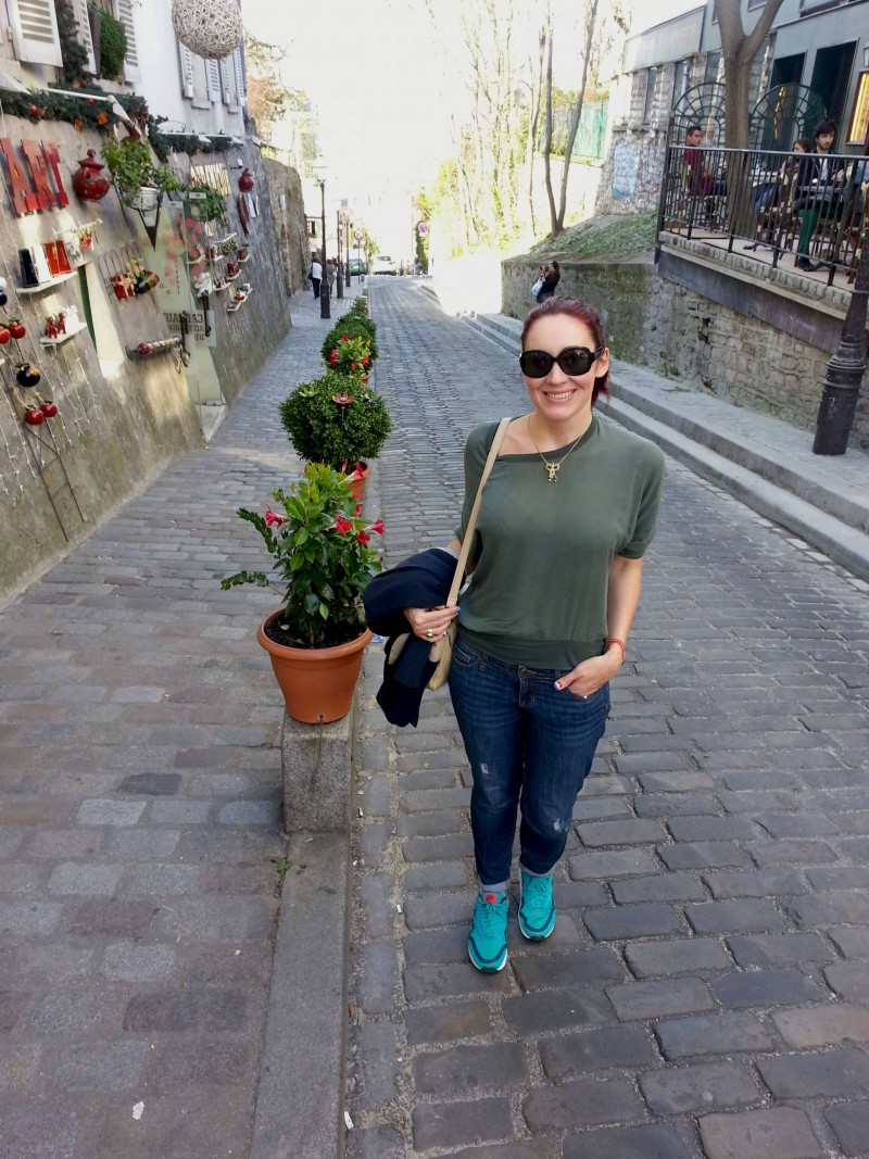 Montmartre hill James Perse silk top Gap jeans Nike trainers