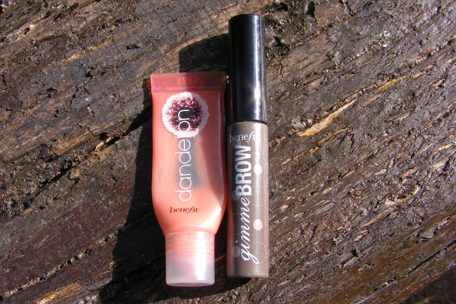Benefit Dandelion lip gloss and Gimme Brow