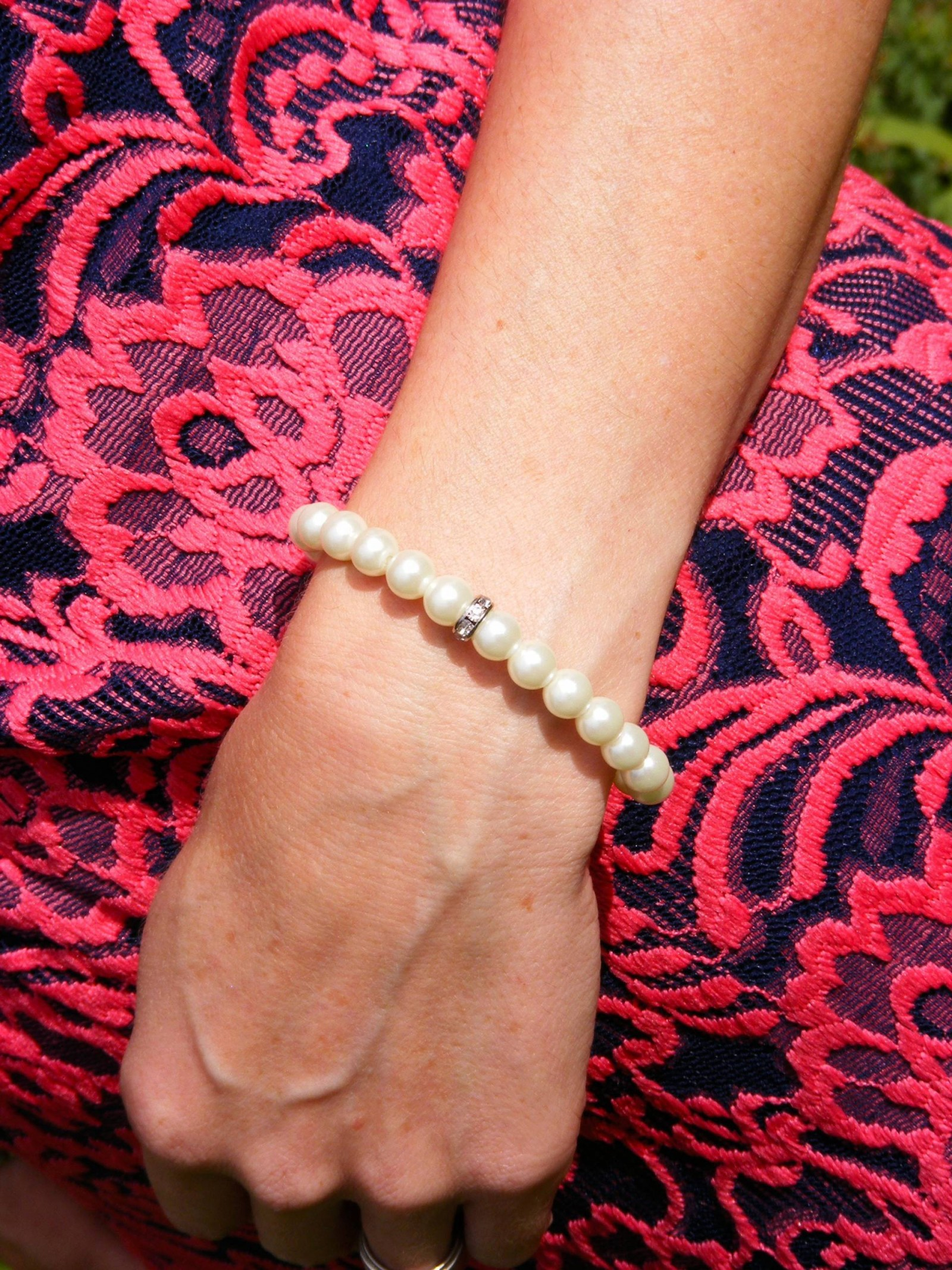 M&S pearl bracelet