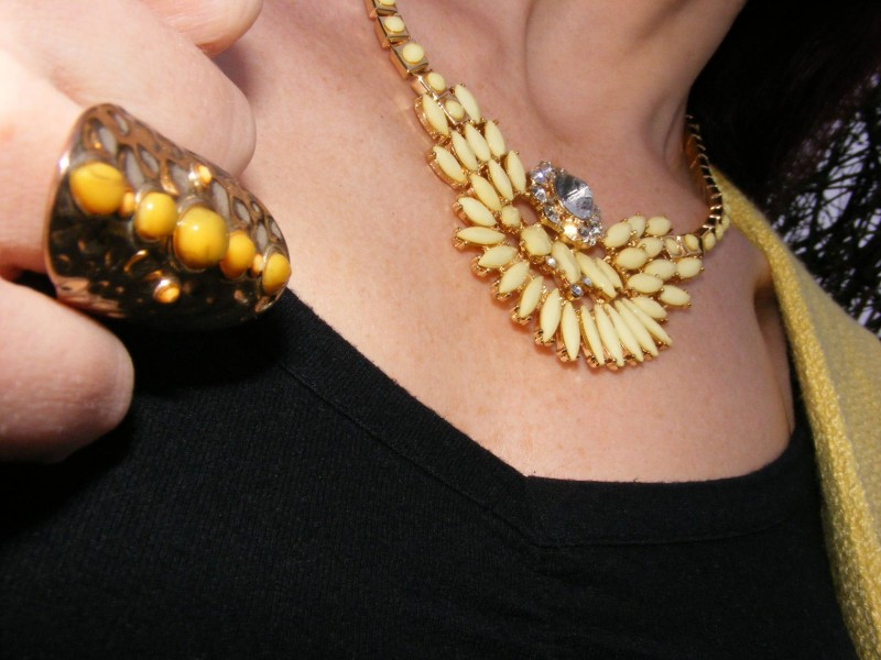 Matalan yellow stone ring and necklace