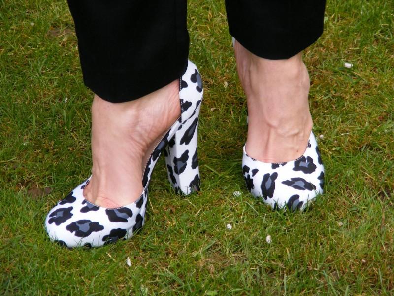 Carvela white leopard print shoes
