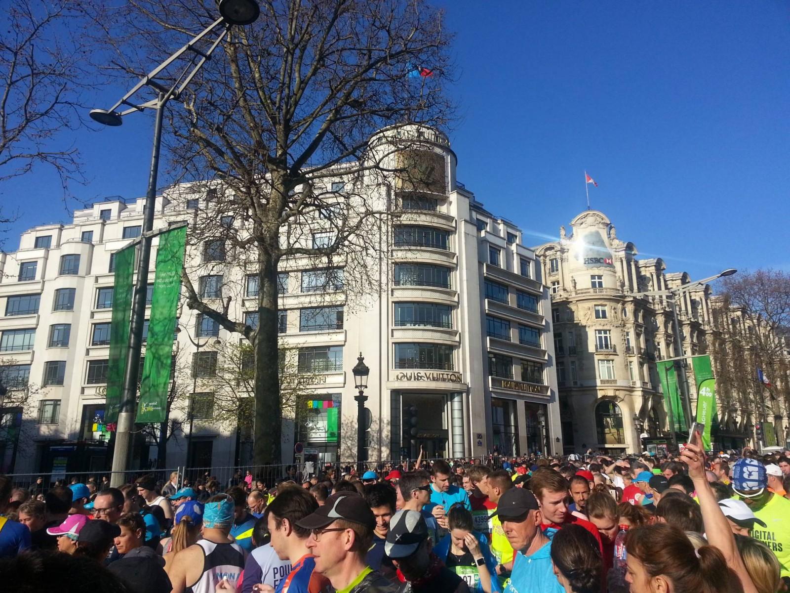 Louis Vuitton Champs Elysees Paris marathon start line
