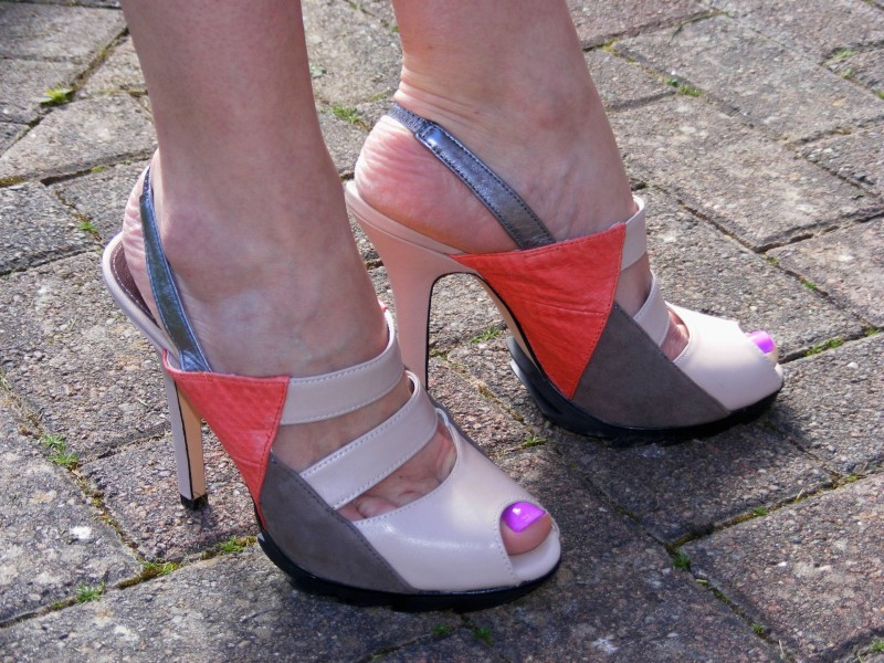 Ravel nude and coral mules