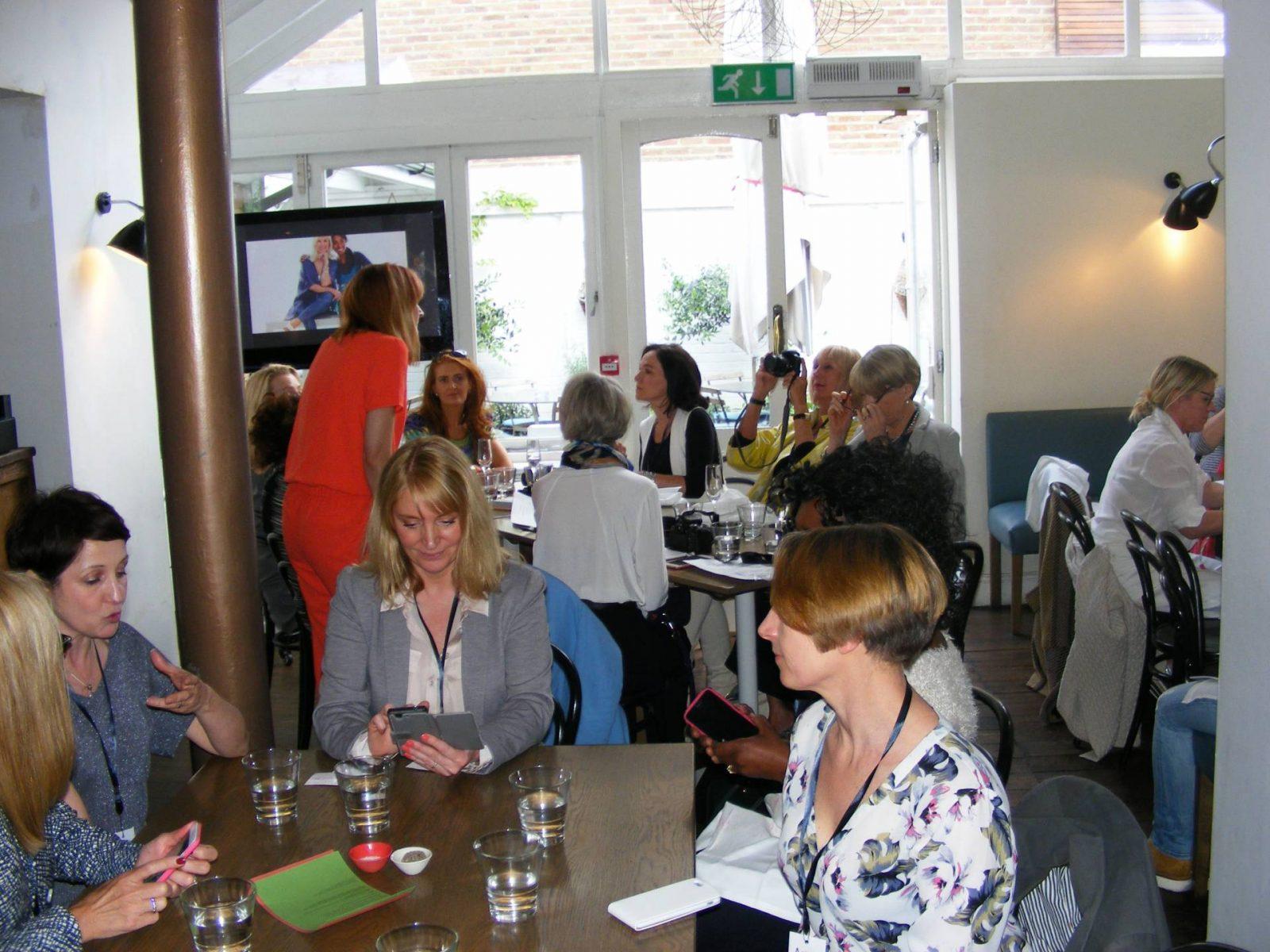 3040 blogger meet lunch