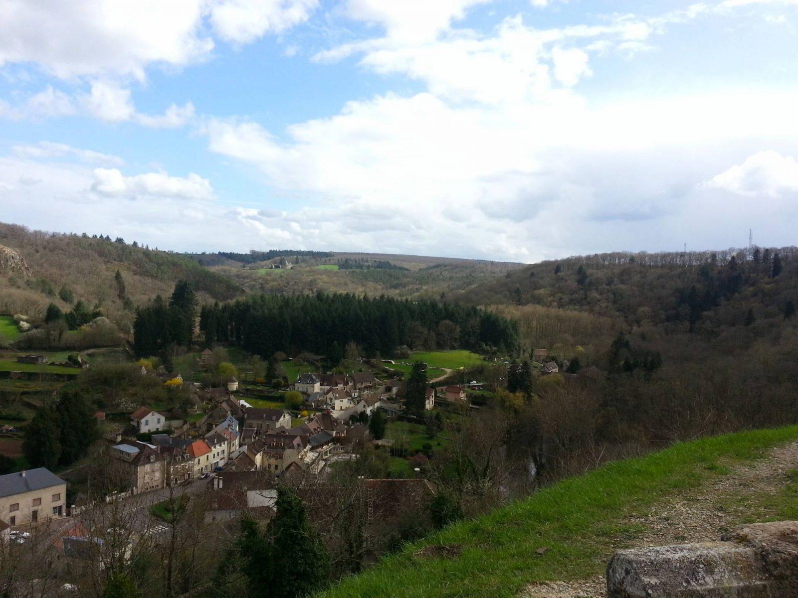 ountryside around Avallon