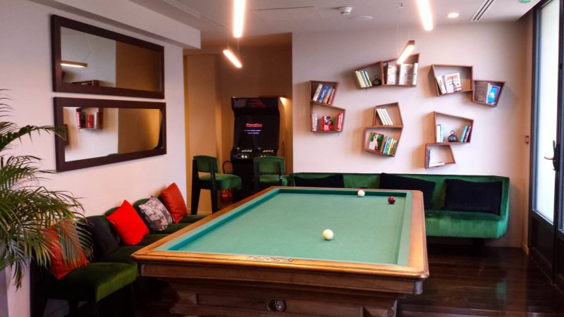 Terrass Hotel pool table
