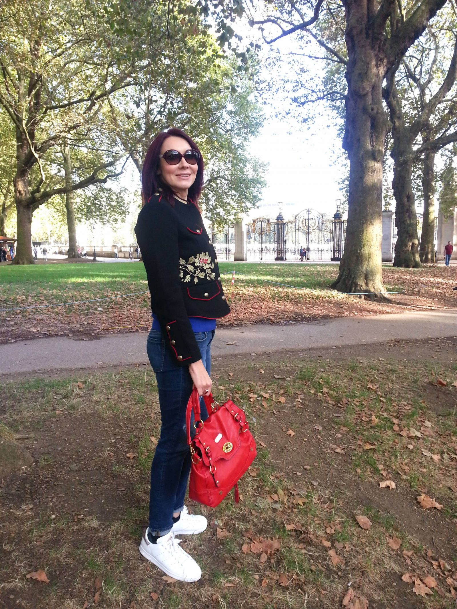Weekend in London zara military embroidered jacket and boyfriend jeans