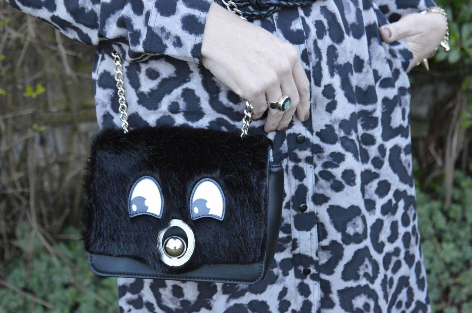Leopard Print Shirt Dress and Wide Brim Hat zara-mix-and-match-bag