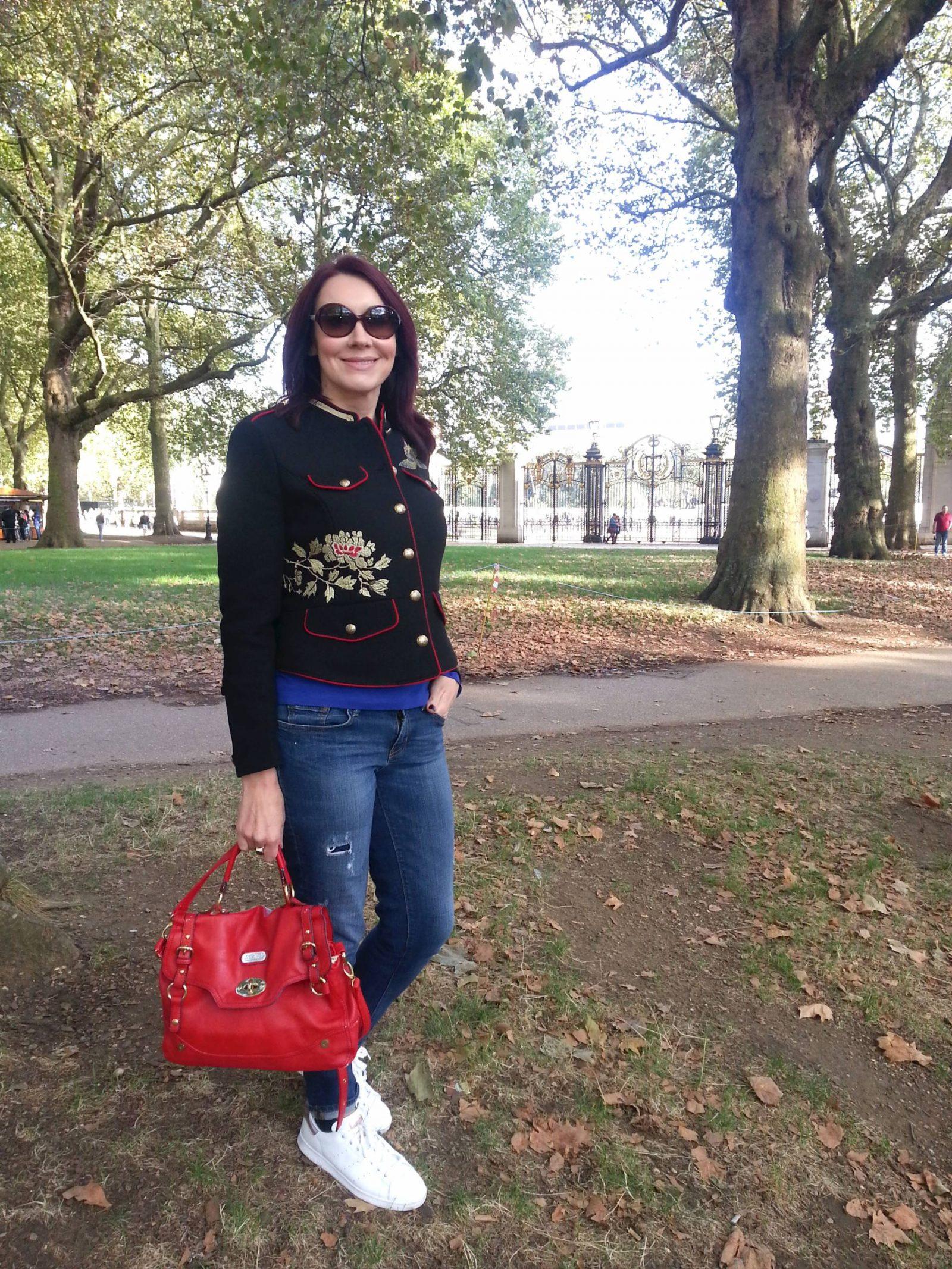 Weekend in London zara military jacket and boyfriend jeans