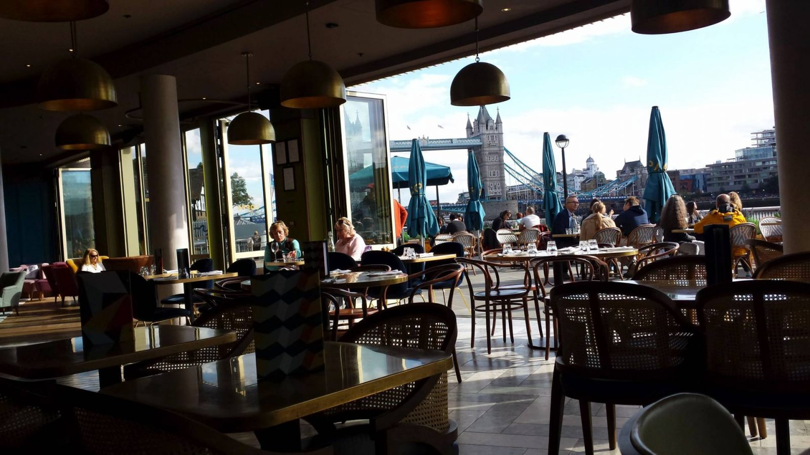 Weekend in London cafe-by-london-bridge