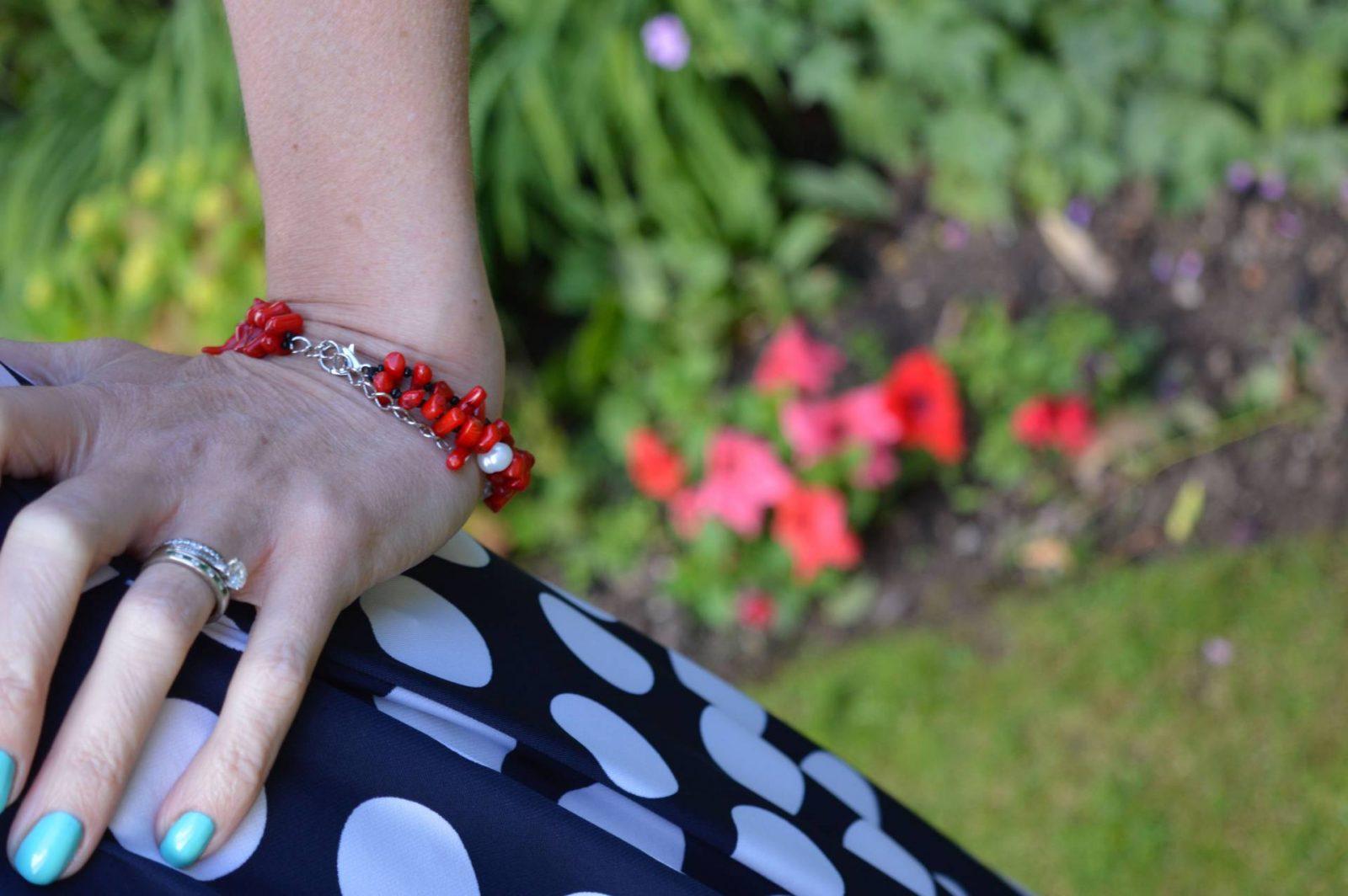 Roman Originals Navy Spot Dress Pia red bead chip bracelet