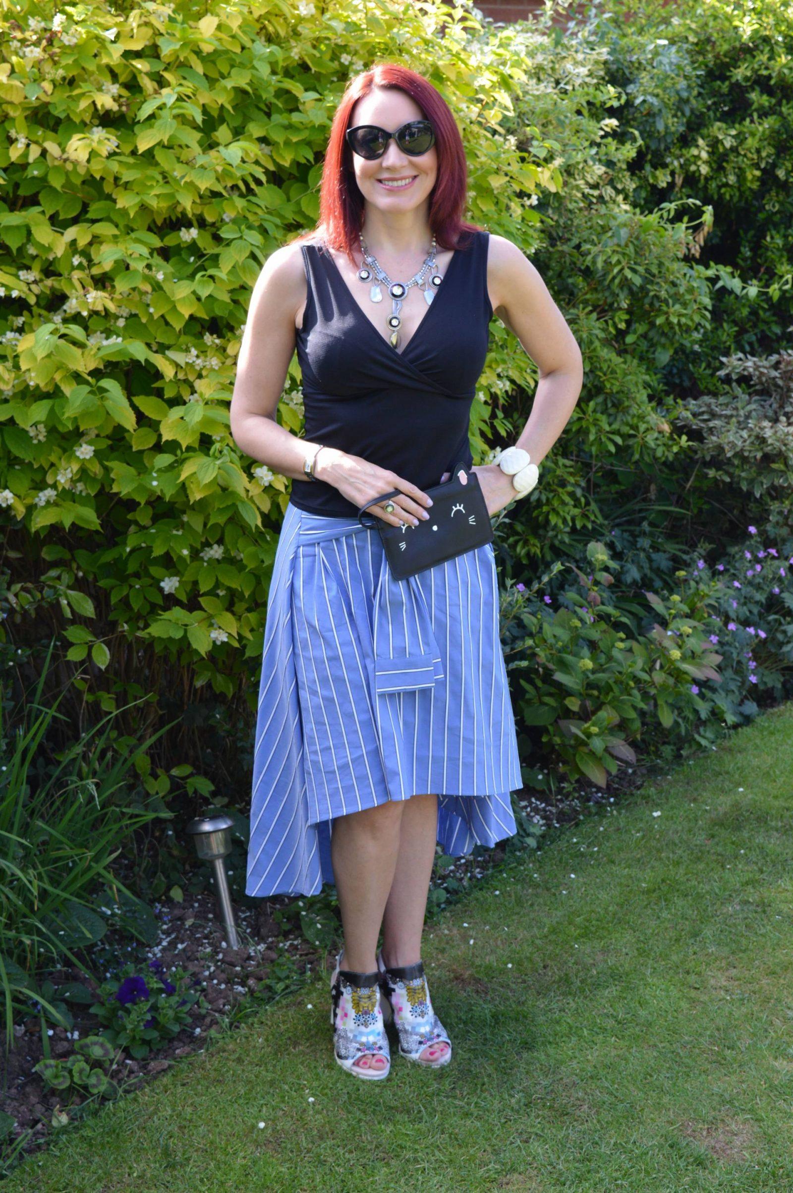 Zara striped midi skirt Aldo Rise shoes Prezzybox Kitty clutch