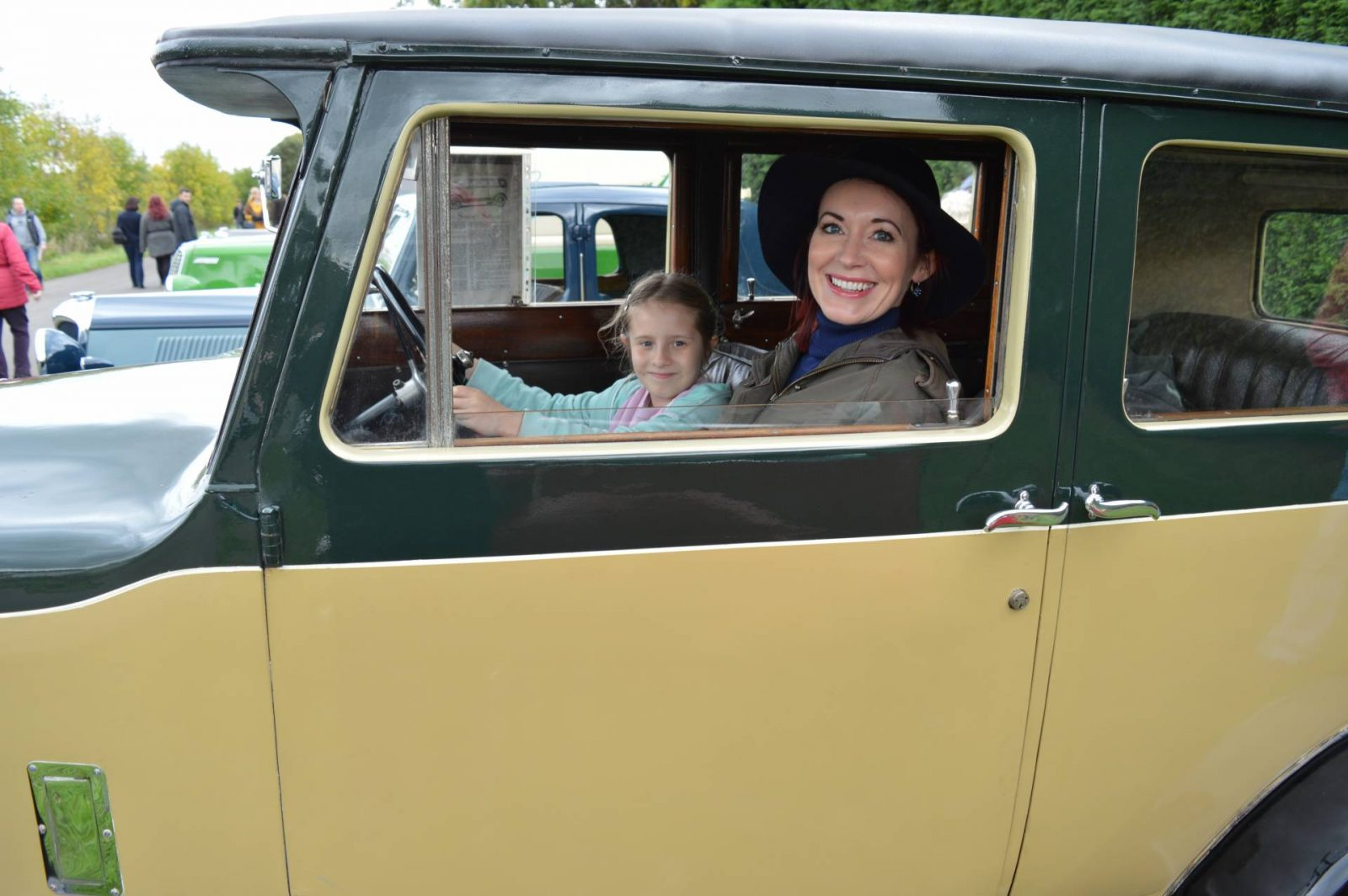 'Life on the Holme Front' 1940s Weekend vintage singer car