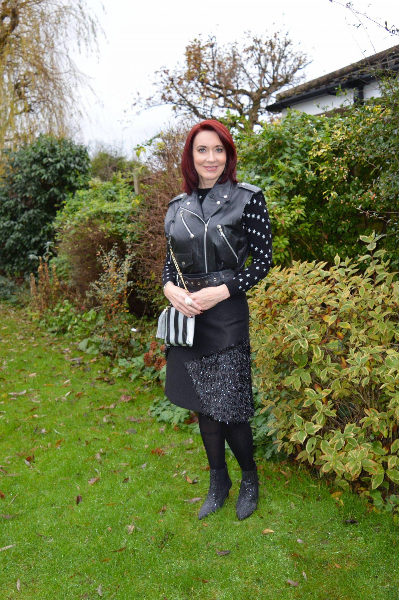Black Tinsel Skirt, Glitter Boots and Star Jumper + Link Up, Topshop tinsel skirt, Marks and Spencer star jumper